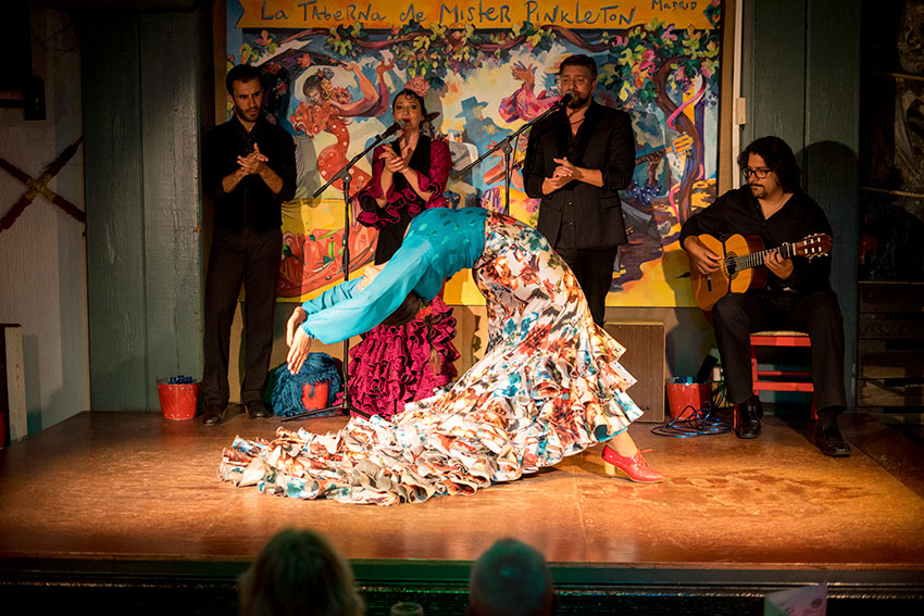 Flamenco show in Tavern Mister Pinkleton
