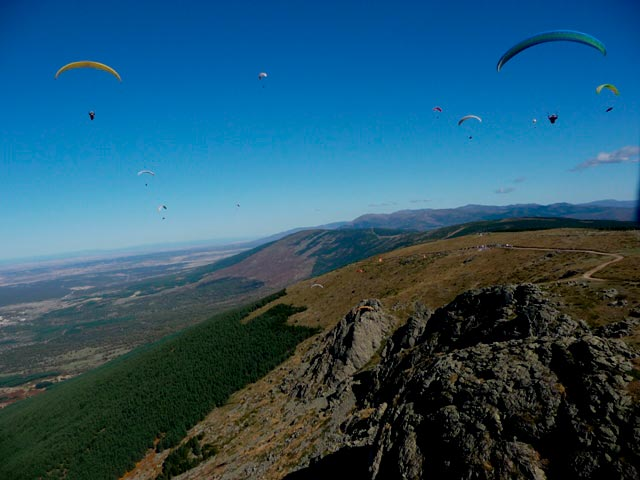 Paragliding in Madrid and surroundings - Perfect Venue
