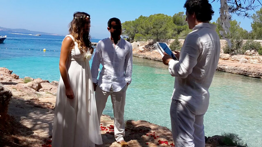 wedding officiant in Spain