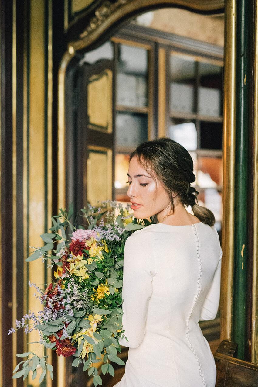 Las mejores ideas para pelos rizados de las novias en las bodas