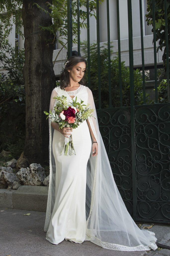 A Greek bride in the center of Madrid
